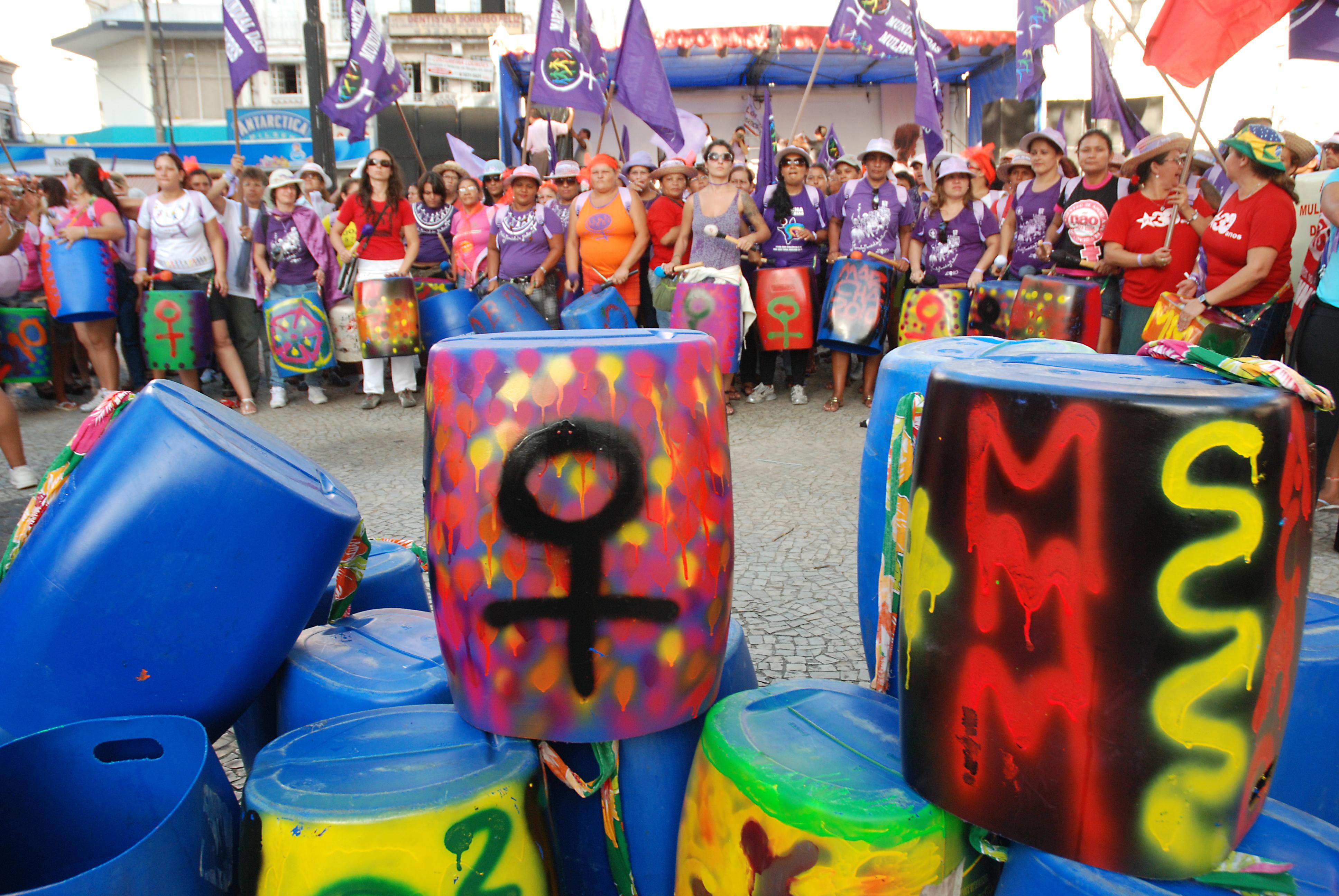 Batucada Feminista. Foto João Zinclar.