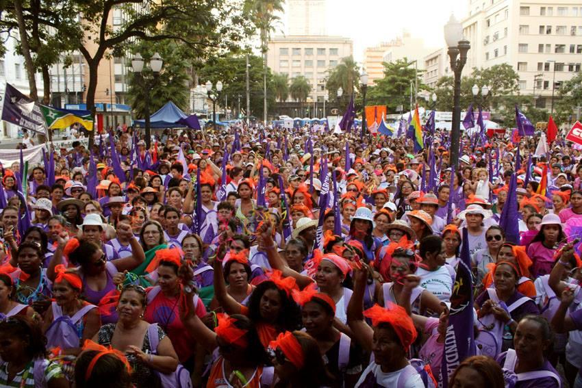 Em 2010, a 3ª Ação Internacional reuniu 3 mil mulheres nas ruas de São Paulo.